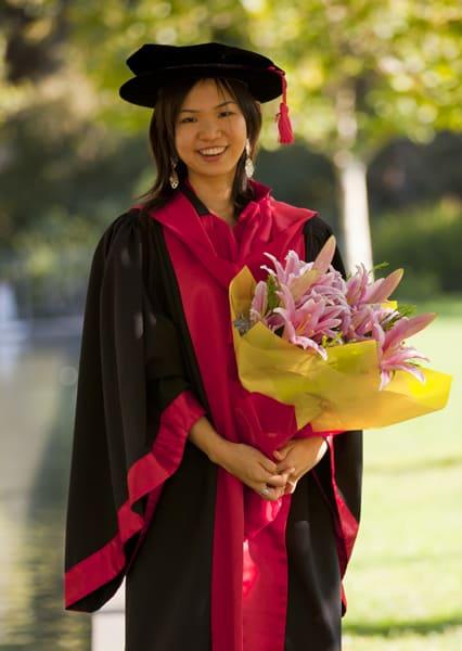 Dr Elena Toh