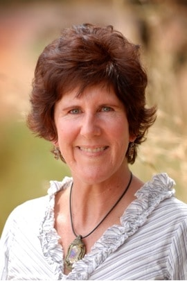 Dr Elizabeth Ganter